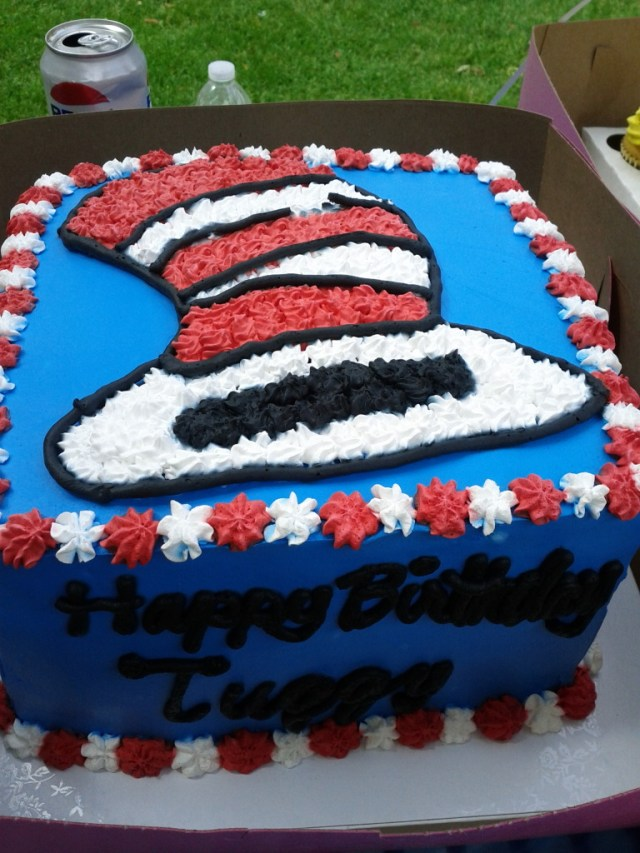 Cat In The Hat Birthday Cake Cake Tuggys 3rd Birthday Cat In The Hat Party T L Lk