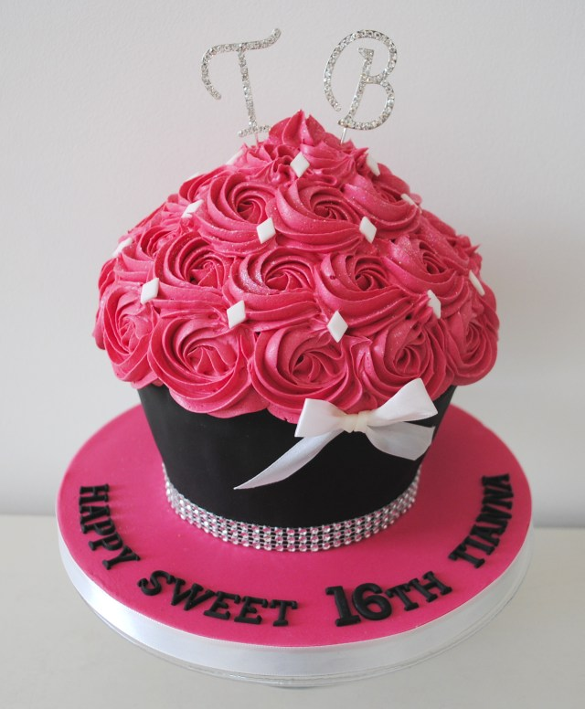Cupcake Birthday Cake Miss Cupcakes Blog Archive Pink Bling Bow And Initial Birthday