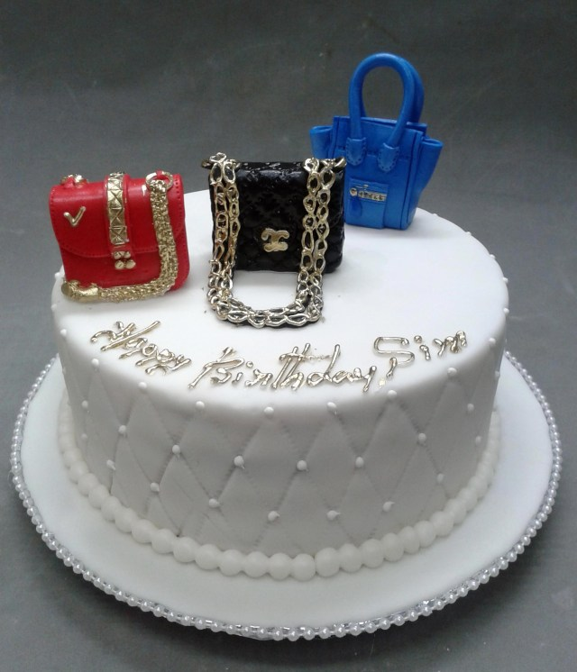 Custom Made Birthday Cakes Designer Wedding Cakes Designer Birthday Cake Shop In Mumbai
