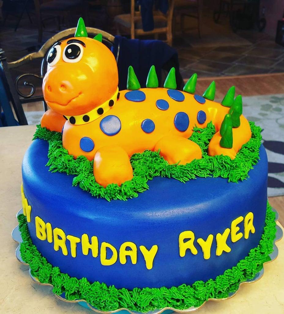 Dinosaur Birthday Cakes Dinosaur Birthday Cakes For Kids Popsugar Family