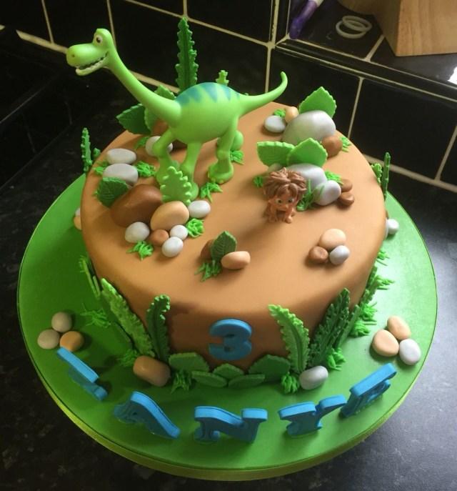 Dinosaur Birthday Cakes The Good Dinosaur Birthday Cake Torten In 2018 Pinterest