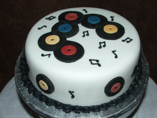 Dj Birthday Cake Dj Cake Cakes Pinterest Cake Dj Cake And Birthday Cake