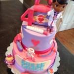 Doc Mcstuffin Birthday Cake Doc Mcstuffins Birthday Cake Dream Cakes Melissa Pinterest