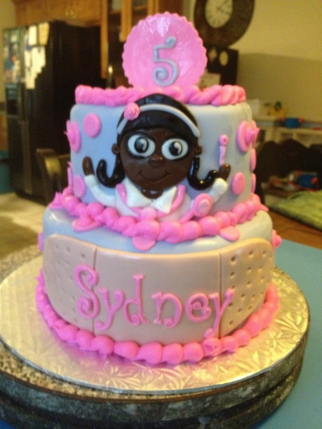 Doc Mcstuffins Birthday Cake Learning To Fly Cakes And Pastries Doc Mcstuffins Birthday Party