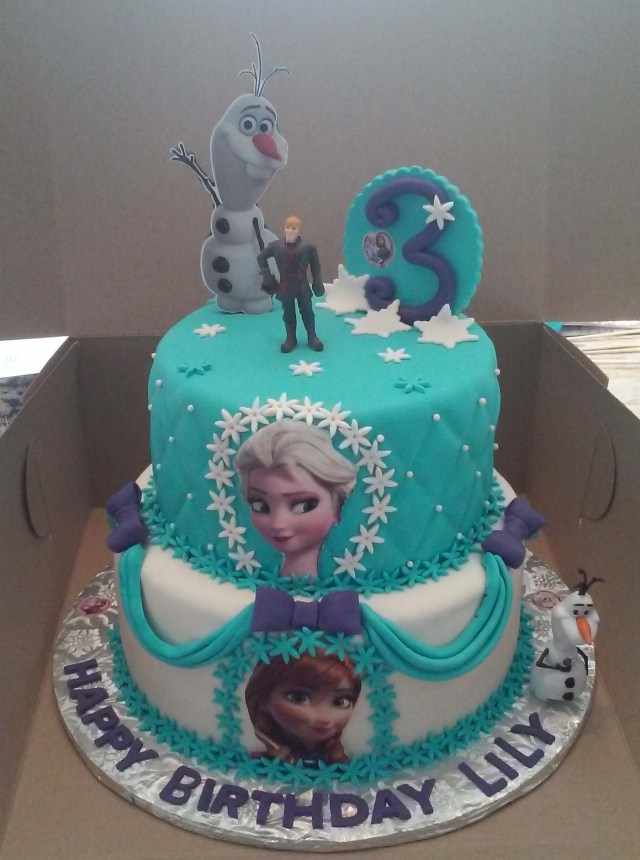 Elsa Birthday Cake 2 Tier Elsa And Anna Frozen Themed Birthday Cake Cakecentral