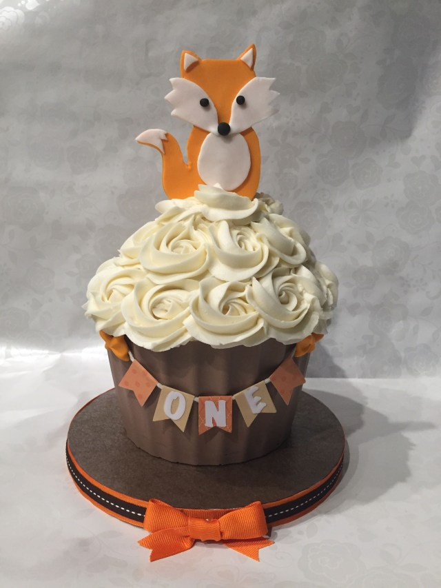 Fox Birthday Cake Woodland Fox Smash Cake My Sweetfixx 1st Birthdays Birthday