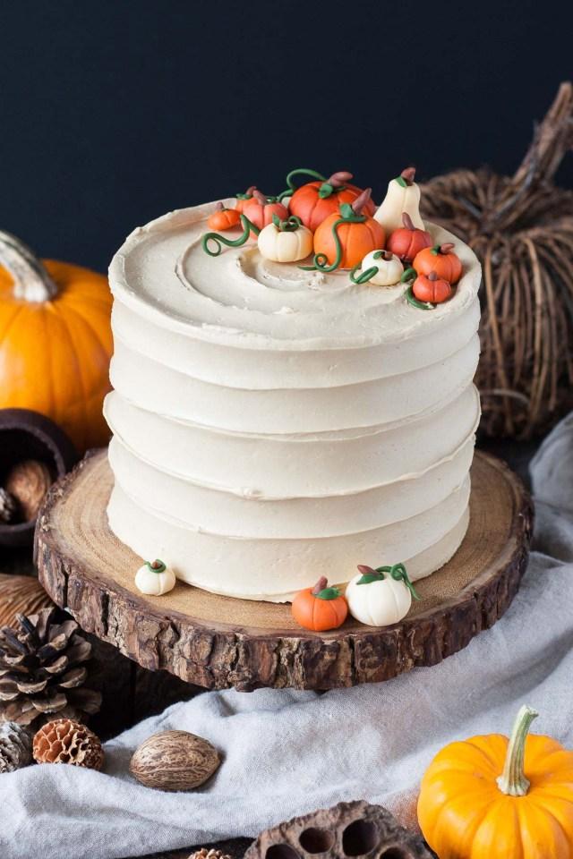 Halloween Birthday Cake Ideas 62 Easy Halloween Cakes Recipes And Halloween Cake Decorating Ideas