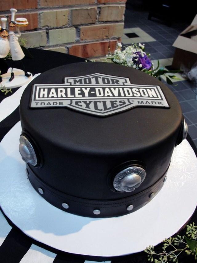 Harley Davidson Birthday Cake Black And White Harley Cake Biker Birthday Pinterest Cake