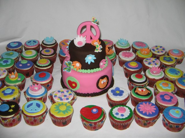 Hippie Birthday Cake Hippie Themed 50th Birthday Cakecupcakes This Is All Glut Flickr