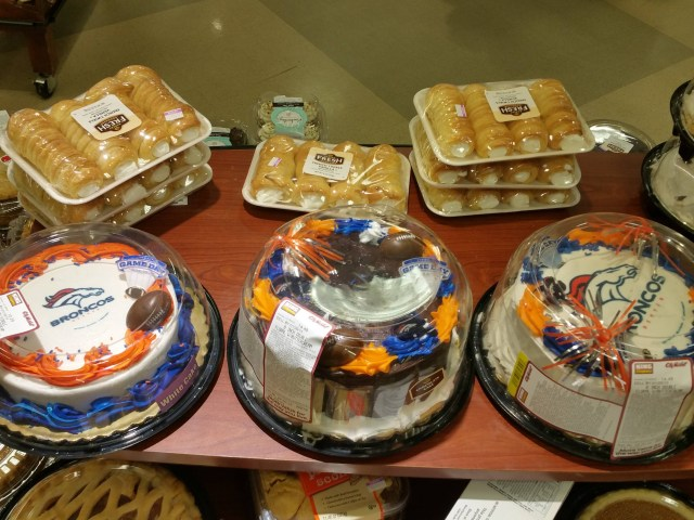 King Soopers Birthday Cakes The Saddest Cakes In King Soopers Denverbroncos