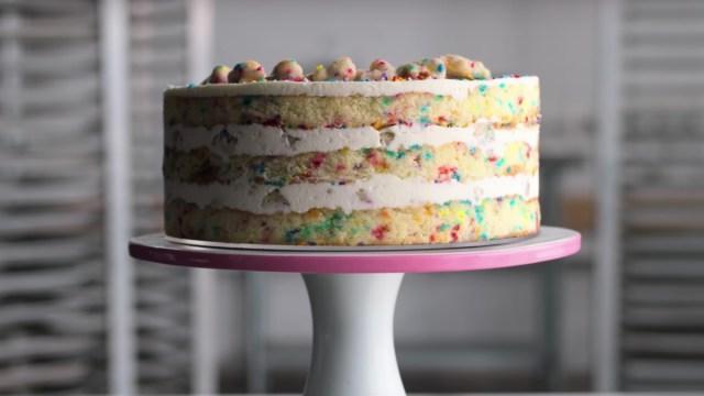 Milk Bar Birthday Cake Watch Christina Tosis Chefs Table Birthday Cake Scene Bon Appetit