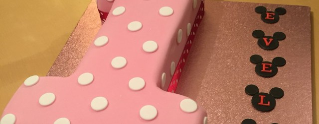Minnie Mouse 1St Birthday Cake Minnie Mouse Themed 1st Birthday Cake Minnie Mouse Bday