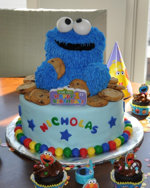 Monster Birthday Cake Cookie Monster First Birthday Cake Cakecentral