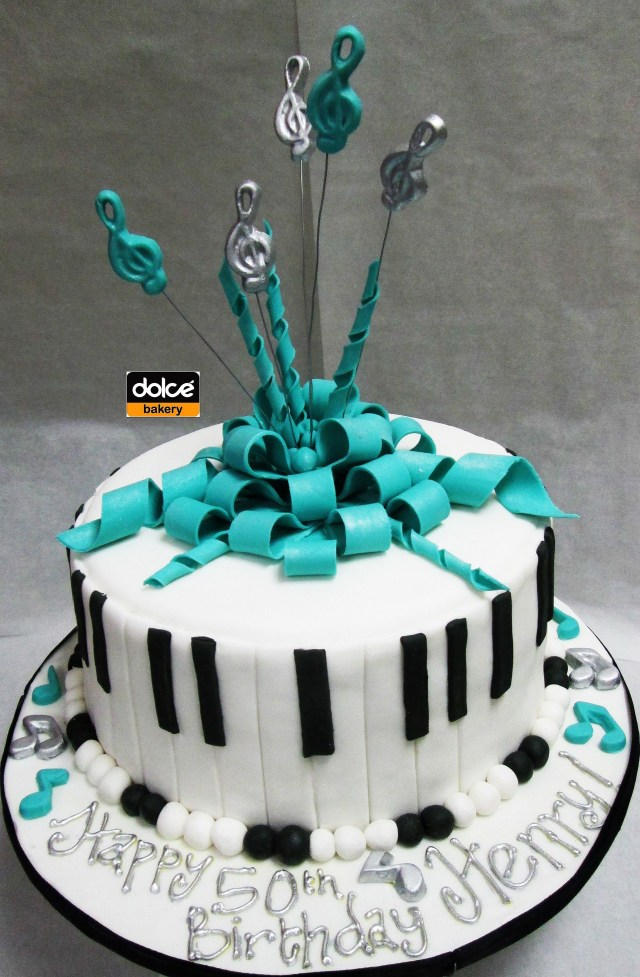 Music Birthday Cakes This Was A Music Themed Birthday Cake For A Musician The Sides