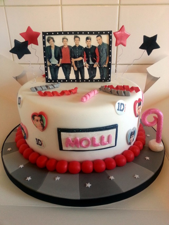 One Direction Birthday Cake One Direction Cake Girls Birthday Cake With Sparkle And Flickr