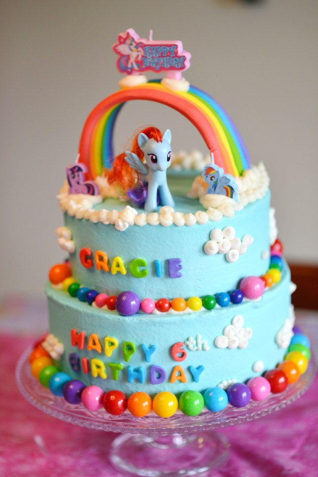 Rainbow Dash Birthday Cake My Little Pony Rainbow Dash Cake Sweets Pinterest Pony Cake