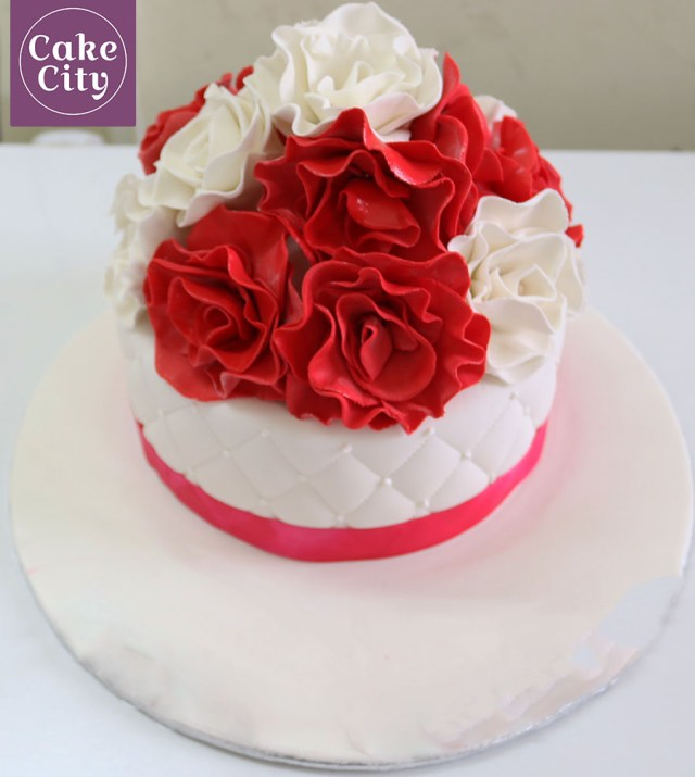 Rose Birthday Cake Red White Rose Birthday Cake Girl Birthday Cake Ideas
