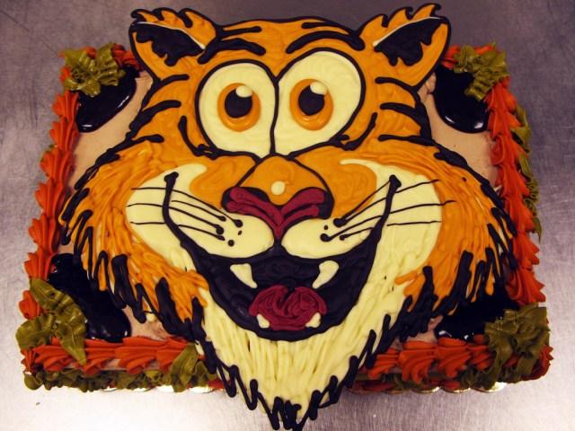 Tiger Birthday Cake Tiger Free Hand Chocolate Piece Birthday Cake Tony Ton Flickr