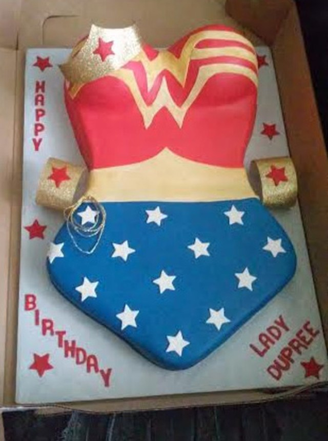 Wonder Woman Birthday Cake Wonder Woman Themed Birthday Cake Cakecentral