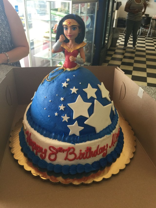 Wonder Woman Birthday Cake Wonder Women Doll Cake Things Ive Done Pinterest Wonder