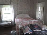 Sharecropper_living_quarters,_Lake_Providence,_LA_IMG_7384