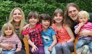 Kinderdorffamilien - Das pure Leben