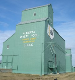 a photograph of the former alberta wheat pool grain elevator at leduc taken in 2007 [ 2592 x 1944 Pixel ]