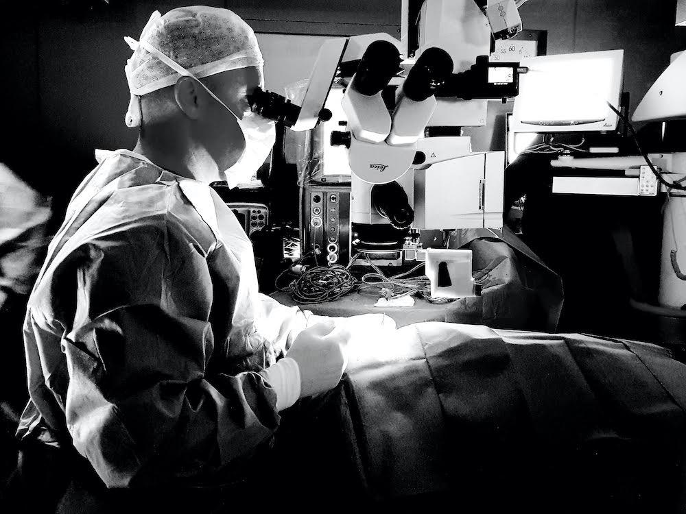 alberto bellone microchiruurgia oculare
