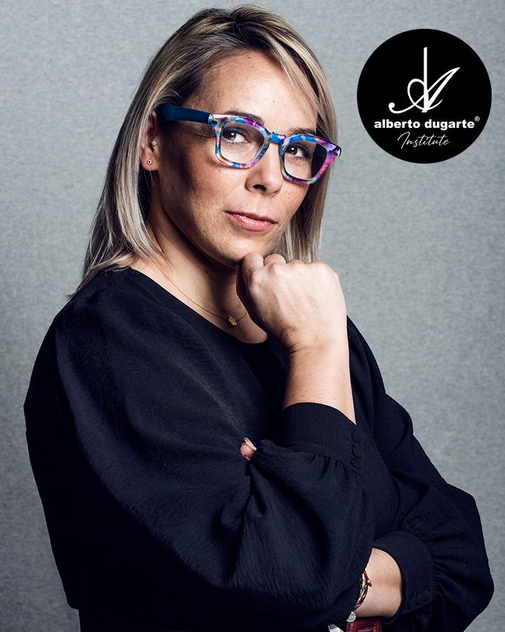 Maquilladora Profesional. Coach y asesora de formación para los alumnos.