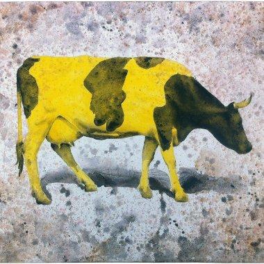 Vaca amarilla. Aguada de pigmento sobre lienzo . 96 x 116 cms