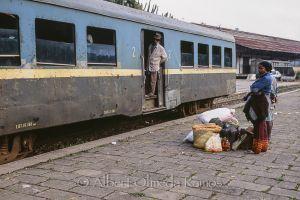 Estación de Fianarantsoa, principio y fin del trayecto.jpg