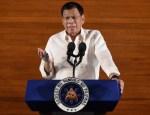 رئيس الفلبين يدعو لإطلاق النار على المرتشين