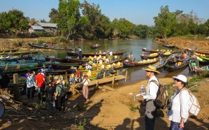 75. Inthein - Inle boat landing for pagoda visit