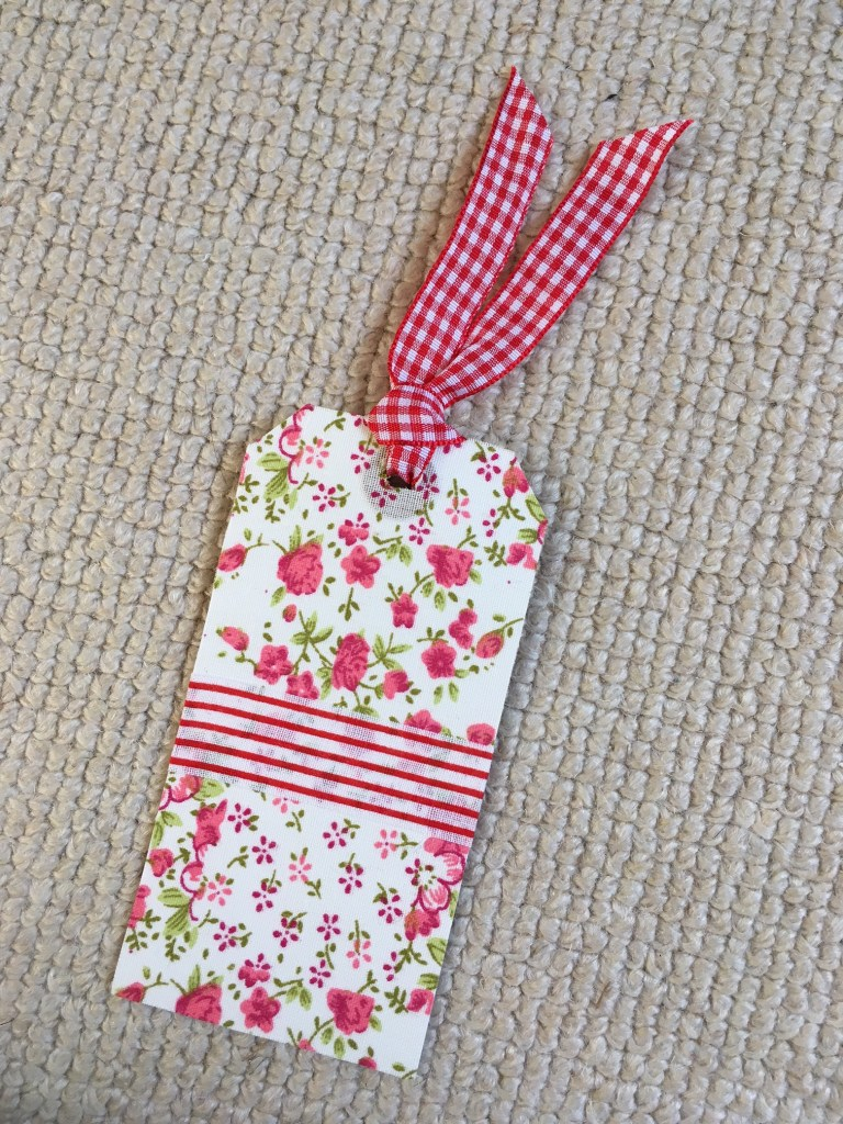 Easy Luggage Tag Bookmarks