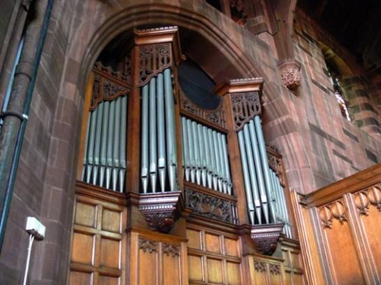 Transept Casework
