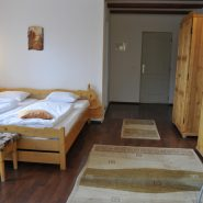 Cameră Vila Poieniţa