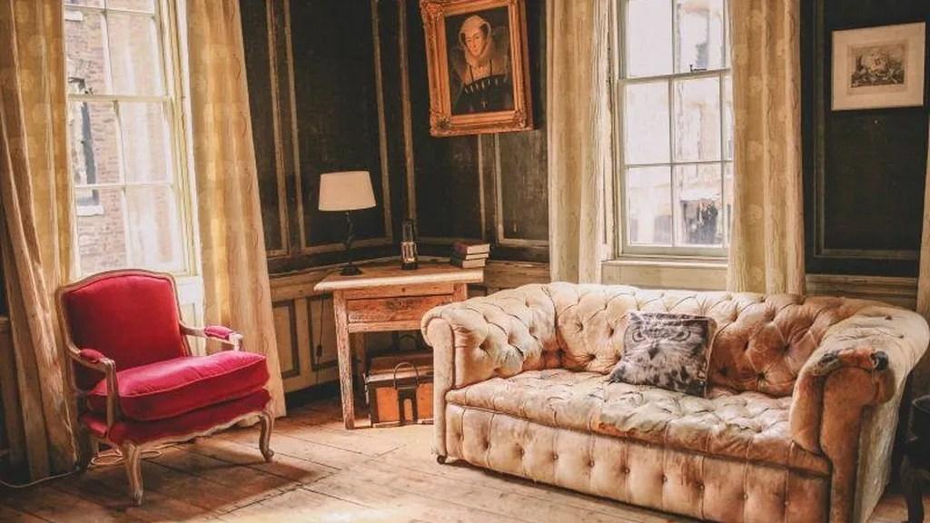 Se busca compaero de piso para compartir un apartamento de lujo por una libra