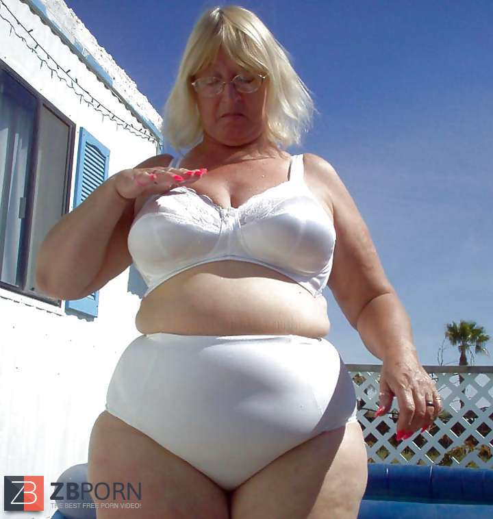 Mature and Grannies clad bikinis and undergarments  ZB Porn