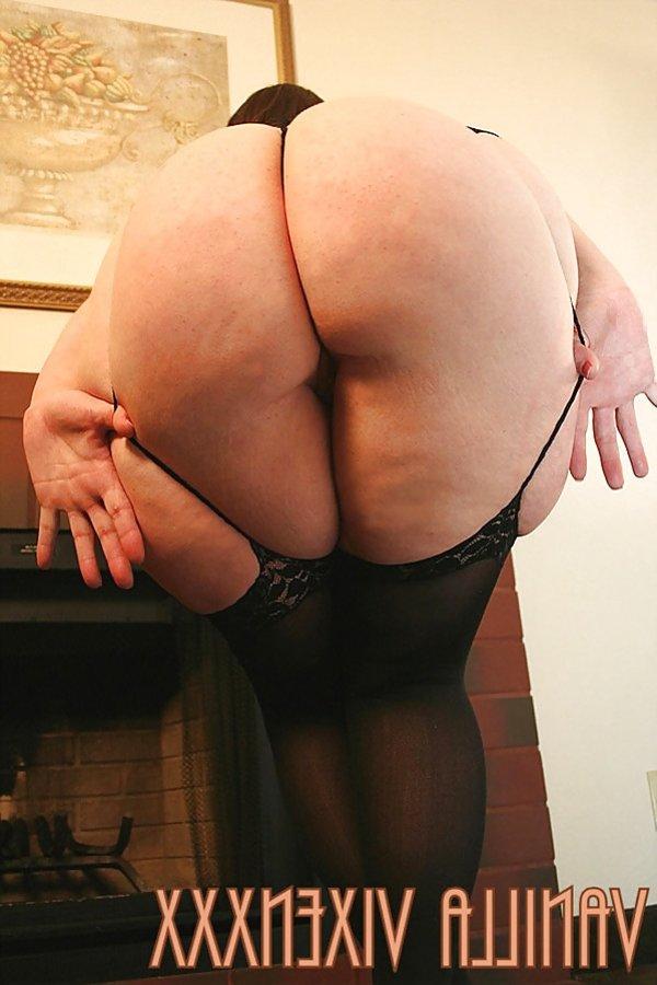 Vanilla Vixenxxx plumper with broad thighs  ZB Porn