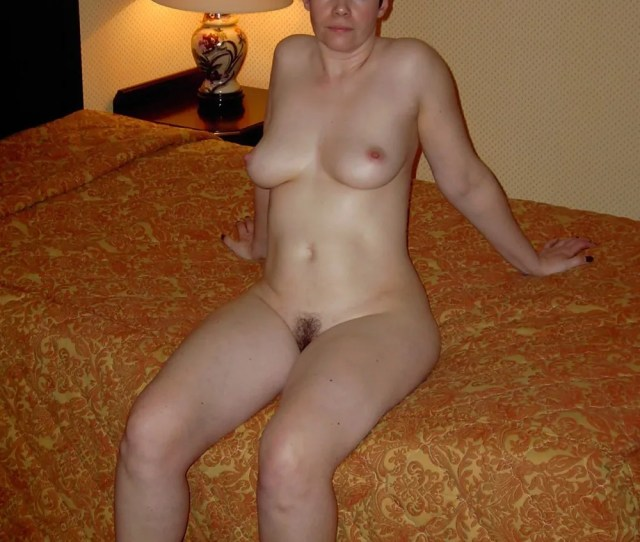 Mature Moms Nude
