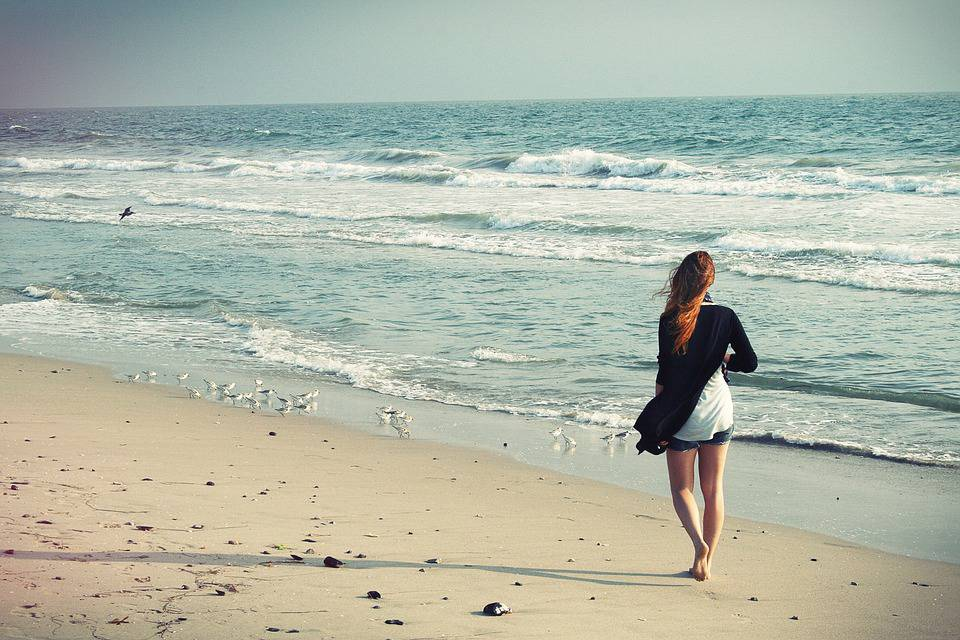 Il faut apprendre à s'éloigner de certaines personnes, pour être heureux