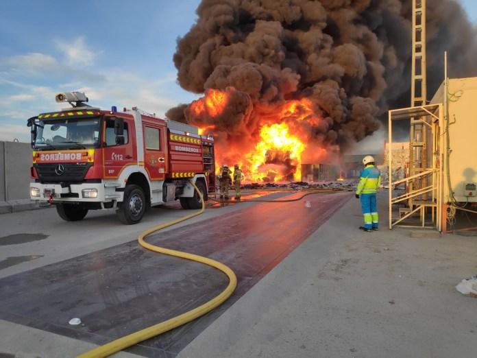 incendio planta reciclaje