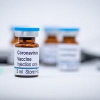 Vacuna contra COVID-19 de Pfizer y BioNTech podría estar lista para su aprobación a fin de año