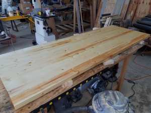 Pine Workbench - Finishing the top