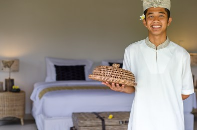 Azadi Retreat room service