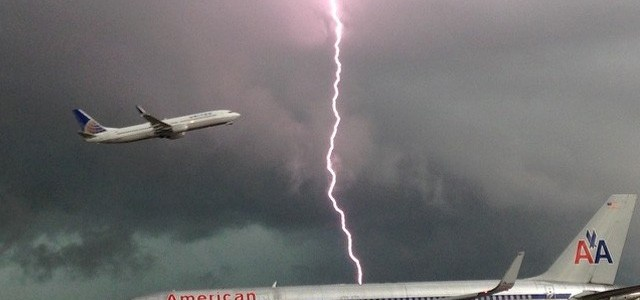 Awesome Pic from Miami Airport during storm