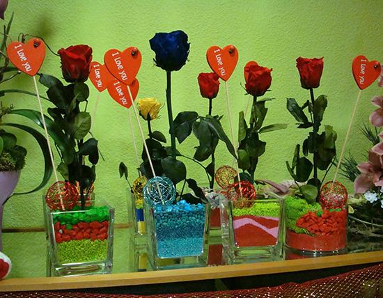 Que original: Rosa preservada eterna + jarrón a 16€.