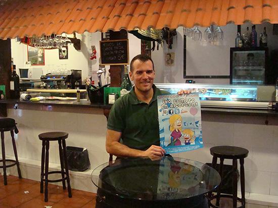 Miguel de La taberna andaluza La flamenca de Alcorcón en C/ Los pinos 48