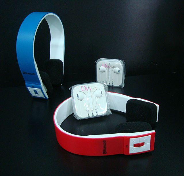 Diseño actual de auriculares bluetooth Stereo a 23€. Auriculares Apple manos libres a 14€.