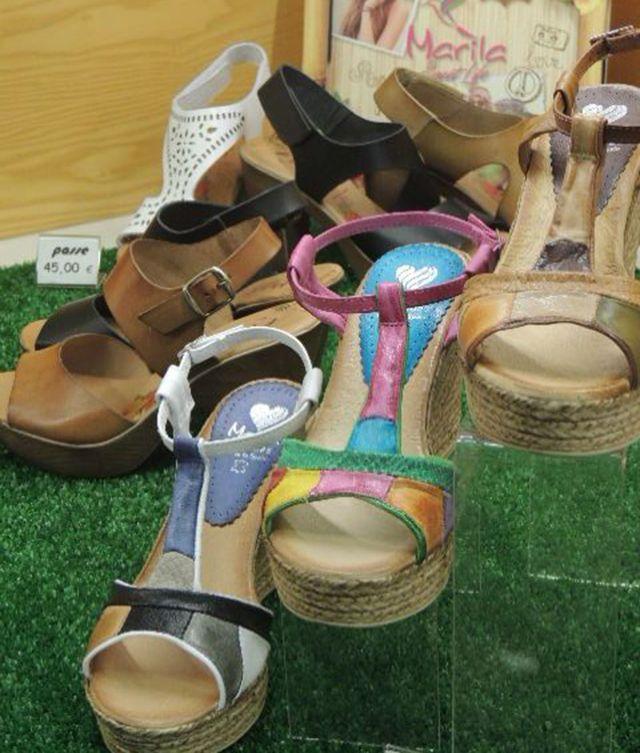 Sandalias marca Marila. Descubre tus pies a la vez que vas cómoda.